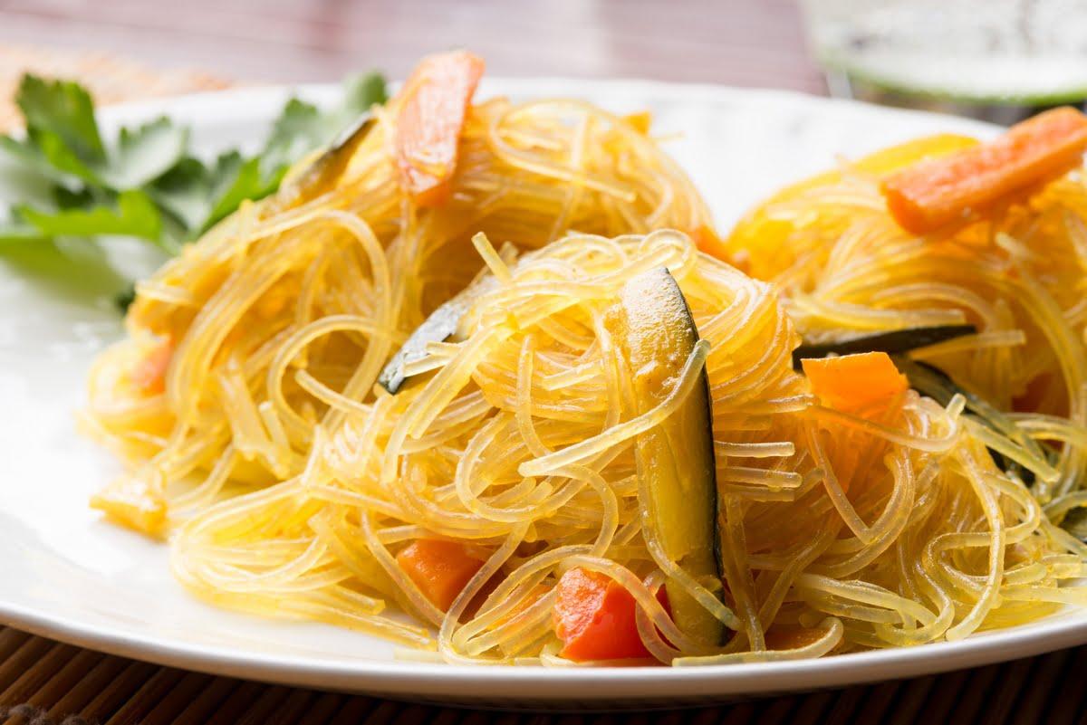 spaghetti di soia con verdurine